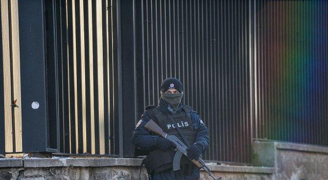 """Арестуваха 20 души в Истанбул по подозрения за връзки с """"Ислямска държава"""""""