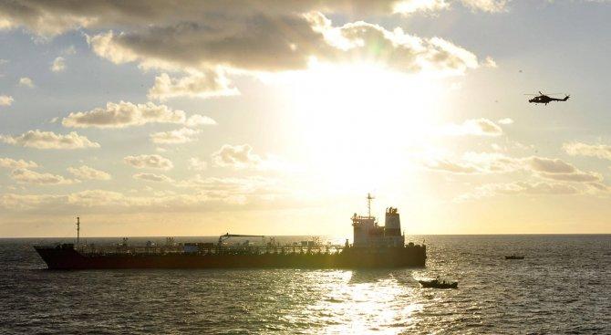 Руски танкери доставят гориво на Северна Корея