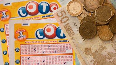 Изследват оспорван печеливш лотариен билет с ДНК тест