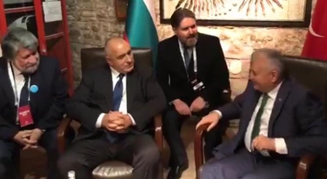 Вижте как Борисов разсмя Йълдъръм с поговорка за старите ловджии (обновена+снимки+видео)