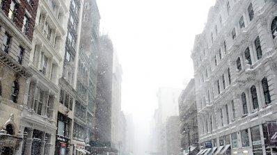 Седем са жертвите на новата снежна буря в източните части на САЩ (снимки)