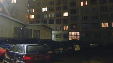 """Среднощна проверка в блок в столичния кв. """"Дружба"""" заради жестокия убиец от Нови Искър (сн"""