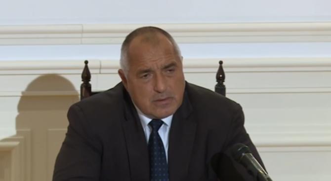 Борисов ще посети Азербайджан