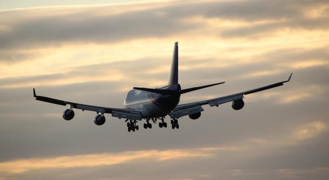 Международното летище в Астана прекрати временно работа