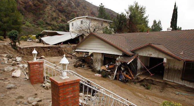 След калното бедствие в Калифорния над 40 души са в неизвестност (обновена)