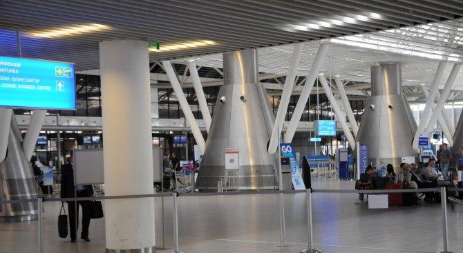 Пореден фалшив сигнал за бомба на Летище София (обновена)