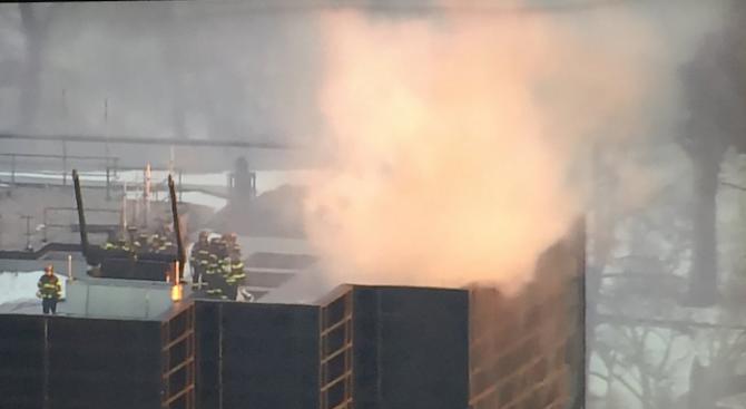 Пожар в Тръмп тауър в Ню Йорк, има ранени (обновена+видео+снимки)