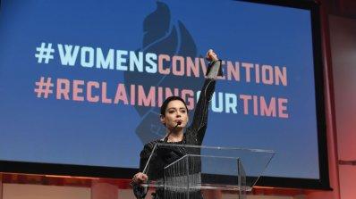 """Роуз Макгауън осъди """"холивудското лицемерие"""" на наградите """"Златен глобус"""""""