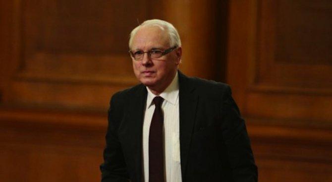 Велизар Енчев: Договорът за добросъседство с Македония е исторически провал