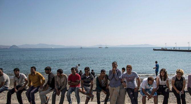 56 имигранти бяха спасени в Испания