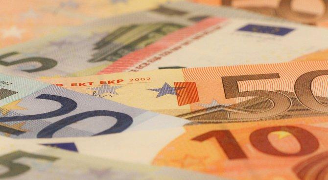 ЕЦБ отчита забавяне на растежа на банковото кредитиране в еврозоната