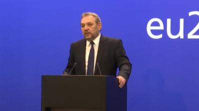 Зам.-министър Цветан Димитров: Контролът на храните трябва да е от полето до трапезата (видео)