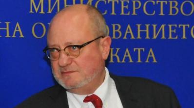 Проф. Тодор Танев: Всеки, който вдига ръка срещу дете - няма работа в образователната сфера