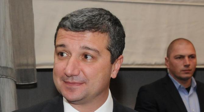От БСП скочиха на Валентин Радев: МВР се ползва за политически натиск върху опозиционните сили