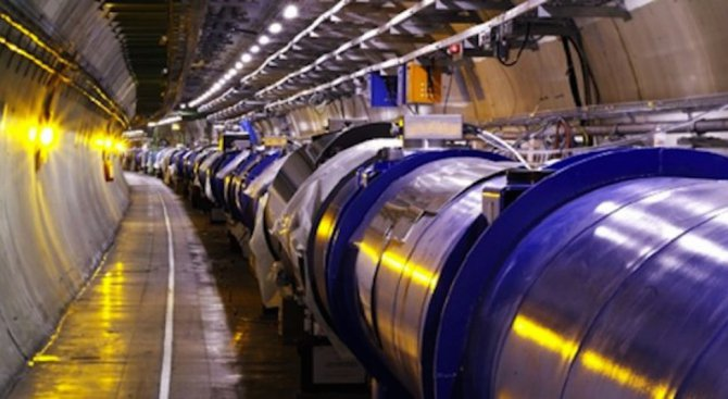 В ЦЕРН измериха с висока точност масата на W-бозона