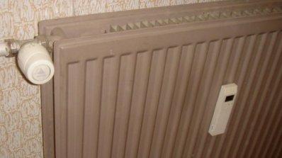 Експерт: КЗК предложи, ако потребителите не си плащат парното, да не им се сваля радиатора