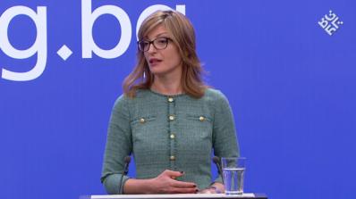 Екатерина Захариева ще разговаря със сръбския президент