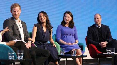 """Британската кралска """"Великолепна четворка"""" дебютира на обществено мероприятие (снимки)"""