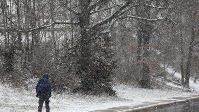Ледената хватка Европа остава (видео)