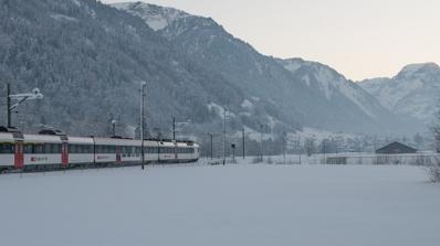 Пътниците във влака София-Варна бедстваха при -16 градуса
