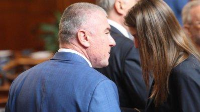 Марешки поиска парламентът да се разграничи от Симеонов и Сидеров