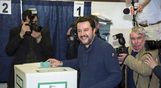 Имаме правото и задължението да управляваме Италия, заяви крайнодесният лидер Матео Салвини
