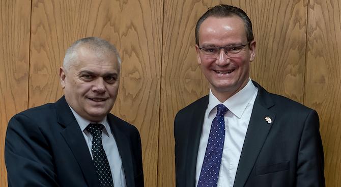 Валентин Радев се срещна с делегация от Комисията за ЕС към Бундестага на Германия (снимки)
