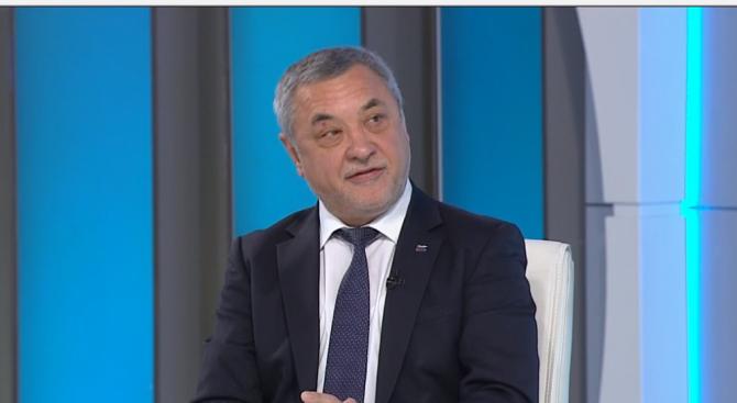 Валери Симеонов: БСП са политически чалгаджии. Руският патриарх е съветско ченге с частен самолет (в