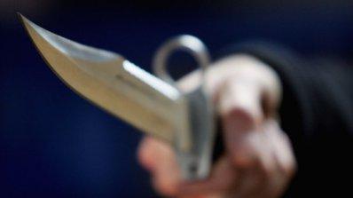 Четирима тежко ранени при две атаки с нож във Виена