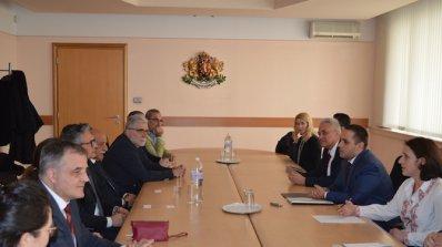 Министър Емил Караниколов се срещна с италиански предприемачи