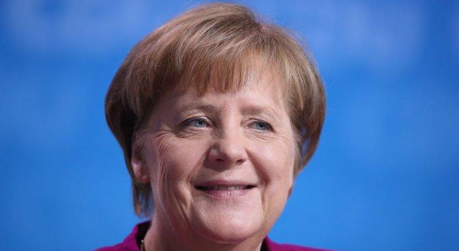 Ангела Меркел гледа сериозно на британските обвинения срещу Русия, във връзка с отравянето на Скрипа