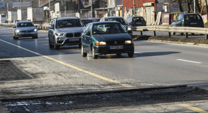Дупките по улиците гълтат 54 млн. лв.