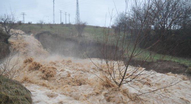 """Водата от язовир """"Тича"""" е с повишена мътност"""
