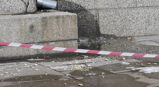 Мазилка падна върху жена в Стария град в Пловдив