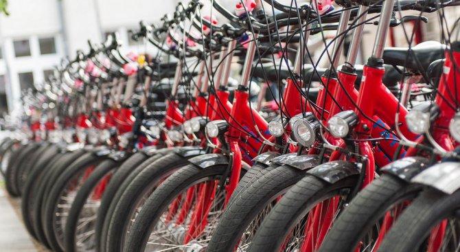 Съдят 15 молдовци за кражба на 250 луксозни велосипеди във Франция