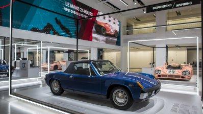 Ето така Porsche чества 70 години от създаването на спортните си модели