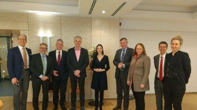 Ева Майдел се срещна с главните изпълнителни директори на водещи компании за пренос на електроенерги