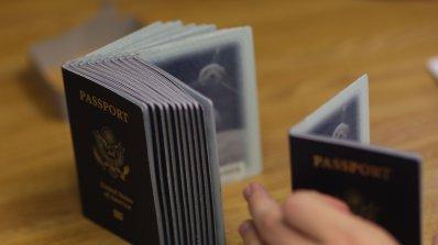 Вдигат таксата за административна обработка при издаване на американски паспорти