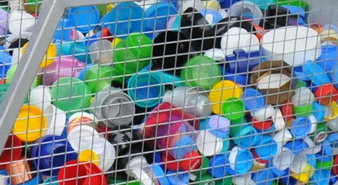 С пластмасови капачки ще се събират средства за озеленяване на Кюстендил