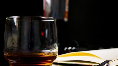 Българинът консумира уиски четири пъти месечно, според Евростат