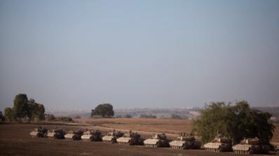 Хиляди палестинци протестират на границата с Израел, има загинали и ранени (обновена+видео)