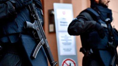 Каталунска сепаратистка се предаде на полицията в Шотландия