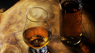 """Наистина ли алкохолът """"прочиства"""" мозъка"""