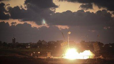 Саудитска Арабия изстреля ракета, тя се върна (видео)