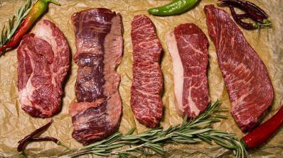 Консумацията на червено месо е свързана с риск от рак на дебелото черво при жените