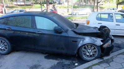Запалиха кола в Благоевград (галерия)