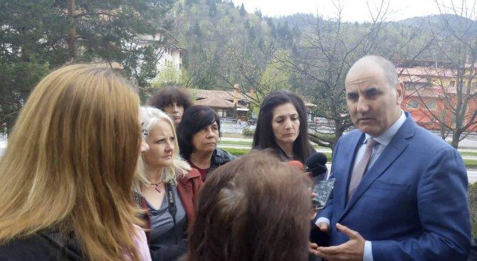 Цветанов: Най-хубаво е да си президент в България - само намираш кусур (снимки)