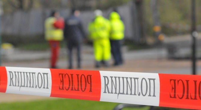 Откриха мъртва жена пред 18-етажен блок в Бургас