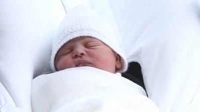 Кралица Елизабет ще разбере първа името на новото кралско бебе