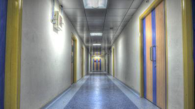 Персоналът на болницата в Ловеч излиза на пореден протест